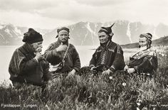 Sami family in Norway, 1900 - Historical Photographs