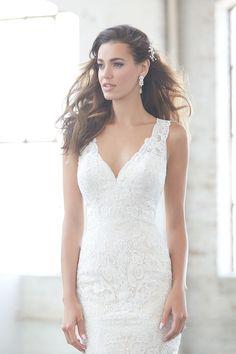 Wedding dress - Madison James 305