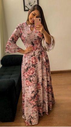 Beat Your Aso Ebi Train With These Amazing Styles Long Gown Dress, Frock Dress, Vestido Dress, Floral Chiffon Maxi Dress, Dress Flower, Long Dress Design, Dress Outfits, Fashion Outfits, Fashion Tips