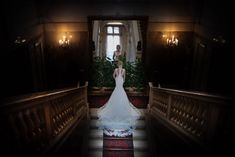 Wedding Dress Train, Wedding Dresses, Bride Veil, Bride Portrait, Lake Como, Princess Wedding, Wedding Pictures, Villa, Mermaid