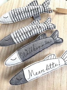 The fish are perfect as for decorating, e. Embroidery On Clothes, Shirt Embroidery, Hand Embroidery Designs, Embroidery Files, Machine Embroidery, Fabric Fish, Free Motion Embroidery, Made Clothing, Applique Quilts
