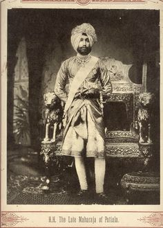 The Maharaja of Patiala Old Photos, Vintage Photos, Duleep Singh, Art Optical, Photo Background Images, History Of India, Vintage India, Cafe Art, Ancient Jewelry