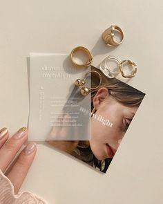 Cream Aesthetic, Classy Aesthetic, Jewelry Packaging, Jewelry Branding, Jewelry Photography, Packaging Design Inspiration, Photo Jewelry, Jewelery, Branding Design