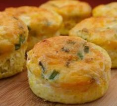 Egg muffins = zero carbs + lots of protein. Breakfast on the go for the week!