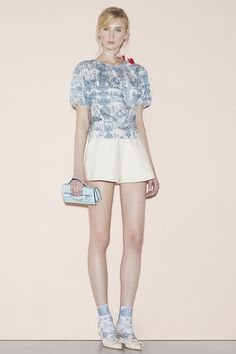 Red Valentino Spring 2016 Ready-to-Wear Collection Photos - Vogue#1#11