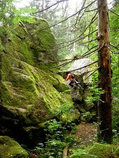 Moving in natural landscapes. Nami Kitagawa. Photo: Frode Svane.