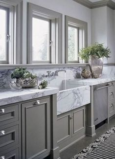 Supreme Kitchen Remodeling Choosing Your New Kitchen Countertops Ideas. Mind Blowing Kitchen Remodeling Choosing Your New Kitchen Countertops Ideas. Grey Kitchens, Luxury Kitchens, Home Kitchens, Tuscan Kitchens, New Kitchen, Kitchen Decor, Kitchen Ideas, Kitchen Grey, Kitchen Colors