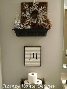 Homey Home Design:  Christmas bathroom decor