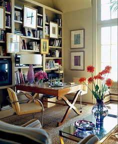 Exceptional Home Design Features Gallery I need this in my closet! Home Design Ideas, Pictures, Remodel and Decor on imgfave office space. Cosy Home, Sweet Home, Bookshelf Styling, Bookshelf Wall, Desk Shelves, Home Libraries, Deco Design, Design Desk, Design Room