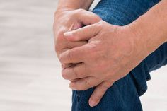 Polven nivelrikko on yleinen vaiva, jossa nivelrusto vaurioiutuu eikä parane ennalleen.