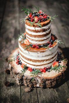 Naked wedding cake for autumn