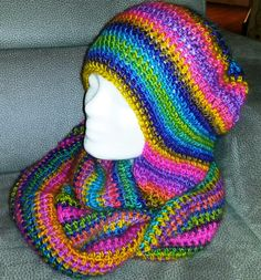 Colourful Scoodie African Style, African Fashion, Beanie, Baby Shower, Hats, Color, Ideas, Cast On Knitting, Baby Sprinkle Shower