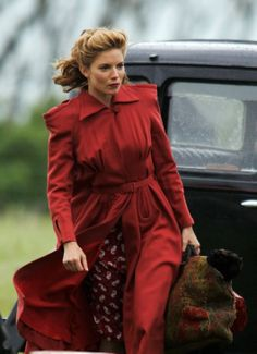 """Sienna Miller films scenes for """"The Edge of Love"""" on location in Wales on 1940's Fashion, Retro Fashion, Vintage Fashion, Dylan Thomas, Wonderland London, The Edge Of Love, Country Living Uk, Sienna Miller, Greatest Adventure"""