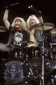 Guns N' Roses - Matt Sorum & Duff Mckagan.