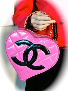 CHANEL Quilted Heart Handbag Rare 90s Claudia Schiffer Pink Patent Leather Coco Chanel Chic Couture