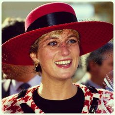 October 23, 1991: Princess Diana, wearing a wide brim hat designed by the royal milliner Philip Somerville, to match her red & black Houndstooth Escada suit for a Canadian Tour.