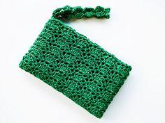 Green Wristlet Clutch Bag  Emerald Green Crochet by KeraSoftwear