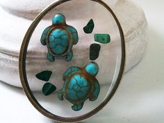 Tiny swimming turtles necklace
