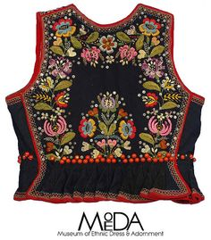 Boho Embroidery Woman's vest (back) from Krakow, Poland - Polish Embroidery, Hungarian Embroidery, Folk Embroidery, Vintage Embroidery, Polish Clothing, Folk Clothing, Polish Folk Art, Boho Girl, Ethnic Dress