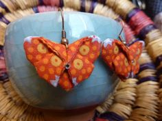 Pendentifs d'oreilles, Boucles d'oreilles origami est une création orginale de…