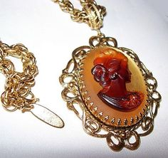 Vintage Pendant Necklace Signed WHITING DAVIS Victorian Cameo Lady Rootbeer & Yellow Frosted Stone Gold Metal