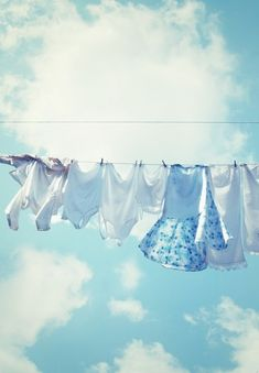 ~ <3 the fresh smell of clothes dried on the clothesline