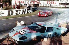 Brian Muir digging out his comprehensively stuck JW Auto Engineering-prepared at Le Mans, 1968 Ford Gt40, Ford Mustang Car, 24 Hours Le Mans, Le Mans 24, Honda Cb750, Lamborghini Gallardo, Moto Guzzi, Maserati, Ferrari