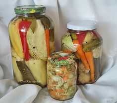 Savanyúságok vegyesen Pickles, Cucumber, Automata, Food, Life, Essen, Meals, Pickle, Yemek