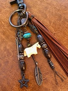Boot Jewelry, Leather Jewelry, Diy Jewelry, Jewlery, Jewelry Making, Horse Backpack, Cowgirls, Gifts For Horse Lovers, Leather Keychain