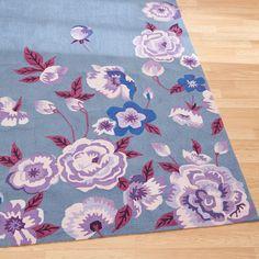 Love the look of this feminine rug!