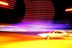 kleurverloop Door het verloop van de kleuren en de vage lijnen zie je dat de auto aan het rijden is