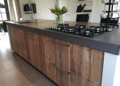 Kitchen Dinning, Farmhouse Style Kitchen, Kitchen Pantry, Rustic Kitchen, Home Deco Furniture, Kitchen Furniture, Kitchen Interior, Concrete Kitchen, Kitchen Countertops