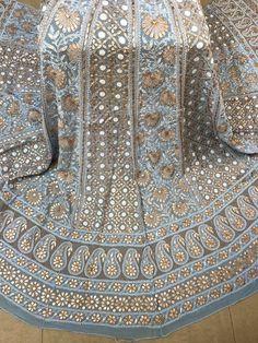 Pakistani Dress Design, Pakistani Dresses, Indian Dresses, Indian Outfits, Lucknowi Suits, Chikankari Suits, Indian Attire, Indian Wear, Designer Wear