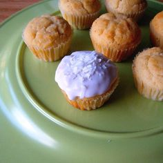 Gluten Free, Grain Free and Sugar Free Healthy Coconut Cupcakes with Buttercream Frosting