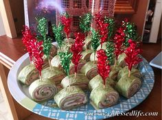 Grinch Rolls! Healthy, easy and yummy little pinwheel sandwiches