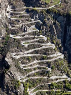 Tour de France. Lacets de Montvernier