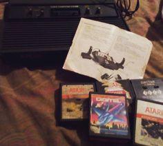 By tatibezeweels: Atari 2600 5 cartuchos entre eles River Raid e Asteroids e manual de outro Atari #game #old #atari2600 #classics #atari2600 #micrhobbit