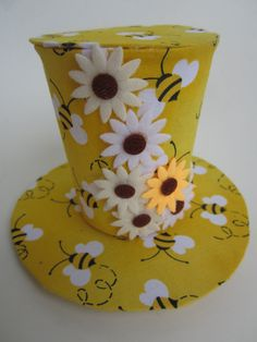 OOAK Happy bee mini top hat with flowers. by Yizzimindi on Etsy, $30.00