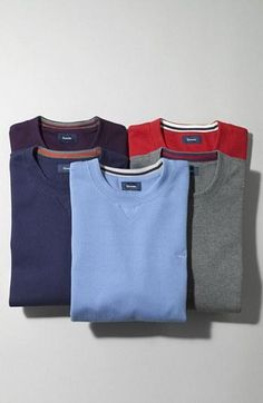 Traditional and simple | Crew-neck sweatshirts