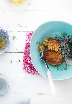 Quinoa and Sweet Potato Cakes, perfect way to have portable perfect carbs