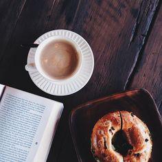 breakfast, coffee, bagel