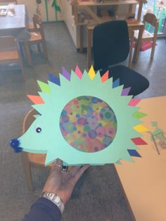 Igel Laterne Diy For Kids, Crafts For Kids, Educational Activities, Life Is Beautiful, Paper Crafts, Hedgehogs, Logos, Autumn, Flashlight