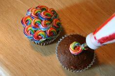 Rainbow swirled icing love it❤❤