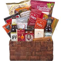 Guy Time : Gift baskets for Father's day Vancouver Gourmet Recipes, Snack Recipes, Gourmet Gift Baskets, Beer Gifts, Ipa, Fresh Fruit, Vancouver, Fathers Day, Treats