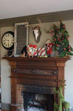 Lucysinspired: Christmas Mantel at Hansel and Gretel