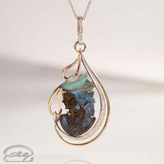 Opale Viso Donna e Diamanti - Opal Pendant and diamonds - Precious Jewelry - Jewels - Silvia Kelly Gioielli - Italy - www.quelchevale.it