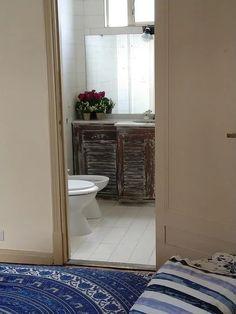 Pueyrredon Al 1800 - Recoleta // Alquiler: 2 Amplios Ambientes, Capital Federal - ZonaProp Living Comedor, Alcove, Toilet, Bathroom, Federal, Environment, Tall Ceilings, Single Wide, Washroom