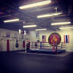 Sitsuphan Muay Thai gym martial arts training facilities. amartin617's photo on Instagram. #muaythai Martial Arts Gym, Martial Arts Training, Boxing Gym Design, Fight Gym, Muay Thai Gym, Gym Interior, Baseball Training, Kick Boxing, Dojo
