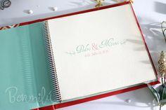 Libro de firmas para boda, personalizado y hecho 100% a mano.