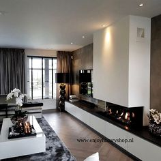 Luxury Homes Interior Design & Inspiration Living Room Decor Fireplace, Home Fireplace, Modern Fireplace, Living Room Tv, Living Room Modern, Home And Living, Living Room Designs, Luxury Homes Interior, Room Interior